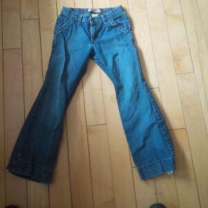 Size 8 Girls Pants and Capri's Kitchener / Waterloo Kitchener Area image 2