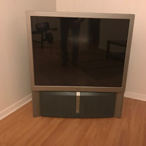 FREE REAR PROJECTION TV