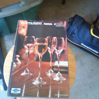 2 boxes of crystal wine glasses