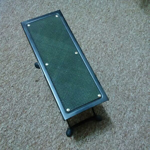 Foot Stand/Pedal For Guitar