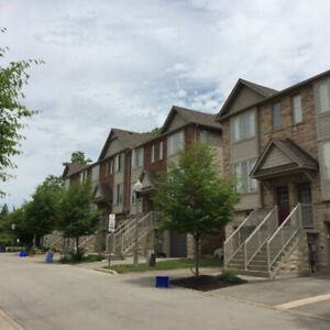 Beautiful Ancaster Townhouse by Walmart Plaza Available May 1