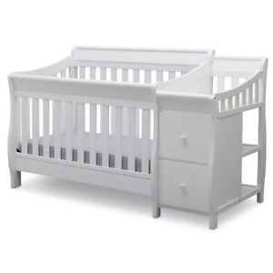 Bentley S' 4-In-1 Crib with Changer (including mattress)