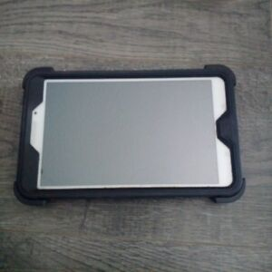 Samsung Tab4 8in tablet with otterbox