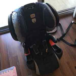 Excellent condition Britax pinnacle CT harness 2 booster London Ontario image 3