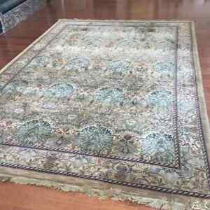 7.6 ft x 10.7 ft Area Rug