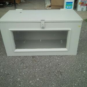 storage box with latch