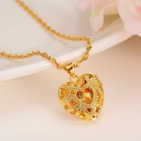 Be Gorgeous Heart Necklace with Pendant