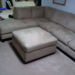 BIG sectional - awesome condition - stain guarded