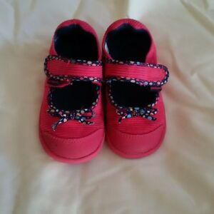 Toddler Girls Pediped shoes Excellent condition size 7