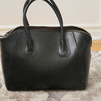 Cuore and Pelle Black Bag