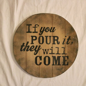 Wine Pour Round Sign