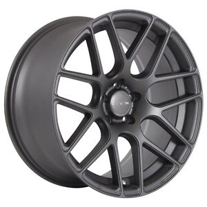 18 x 9 staggered rims with VW LOGO