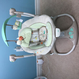 Ingenuity baby swing, mint condition