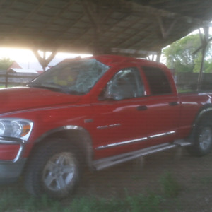 2007 ram 1500 for parts or as is.