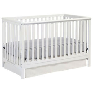 Storkcraft Stages 4-in-1 Convertible Crib-White((Brand New)$165