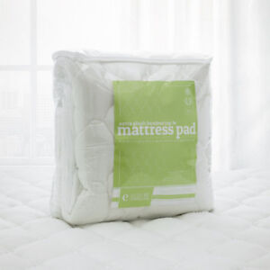 Bamboo Mattress Pad with Fitted Skirt - King size