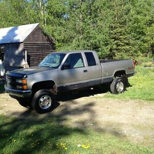1998 Chev Half Ton with 6 Inch Lift