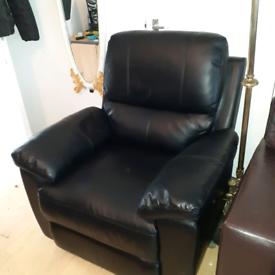 Black recliner arm chair VGC