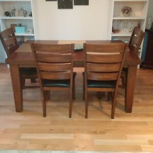 Dining Room table, chairs and bench