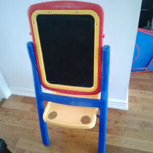 Child Art Easel