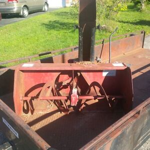 2 Stage Honda 42 inch snow blower attachment for lawn tractor Kitchener / Waterloo Kitchener Area image 1