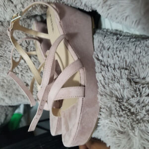 Dusty Rose Strappy Wedges