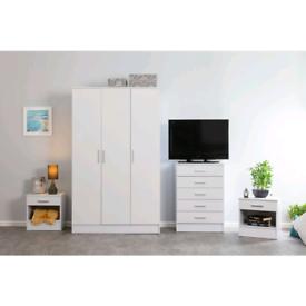 New 3 Door Wardrobe White Gloss 2 Tone 4 Piece Set