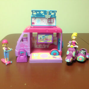 Polly Pocket caravane, trottinette et scooter