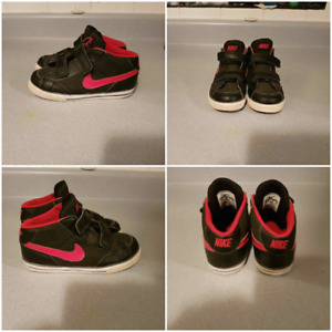 Nike air shoes (size 10 toddler)