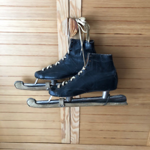 Antique 1920's CCM CYCO Leather Ice Speed Skates w Blade Guards