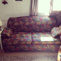Pull-out sofa bedLove seat. Love seat but bed is double.