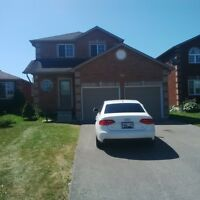 Beautiful house in Barrie!