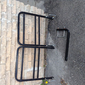 Bumper bicycle rack