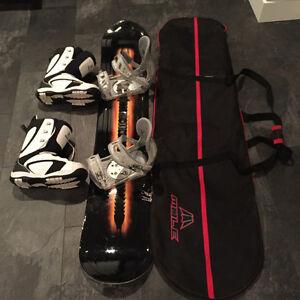 Snowboard + Binding + Boots + Carrying Bag