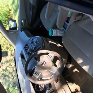 2007 Nissan Quest SL Minivan, Van