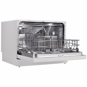 New danby countertop dishwasher(never used)