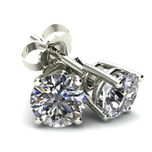 1.40 carat tw Diamond Stud Earrings in 14K White Gold