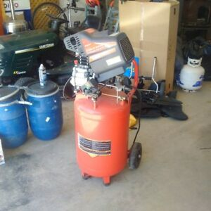 Snap On 20 Gal Air Compressor
