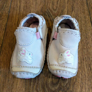 Stride Rite Baby Shoes Size 2M