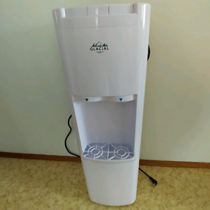 6 month old water cooler.....like new