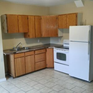 1 BED APT-325 REGENT-CENTRAL AREA-NOW & MAY 1ST