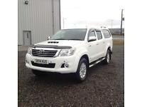14 14 Toyota Hilux Invincible 3.0 D4D White
