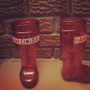 Molson Canadian red boot mug stein *MINT
