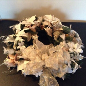 Elegant Christmas Wreath – Brand New and Handcrafted