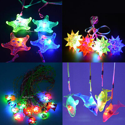 10pcs Jelly Star Cartoon Light Up LED Flashing Party Necklace Pendants](Flashing Led Necklace)