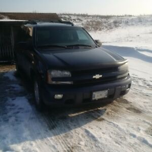 2004 Chevrolet TrailBlazer EXT LT 4x4 V8 - AS IS!