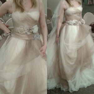 Vera wang NEW wedding dress