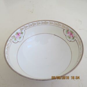 VINTAGE NIPPON HAND PAINTED CANDY DISH