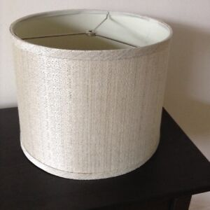BRAND NEW – Classic Lampshade with Textured Design