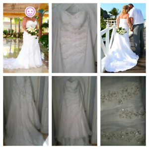 WEDDING GOWN - ADJUSTABLE